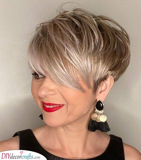 Pixies with Bangs - Short Haircuts for Women with Thin Hair