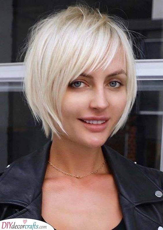 A Fabulous Shade - Short Hairstyles for Thin Hair