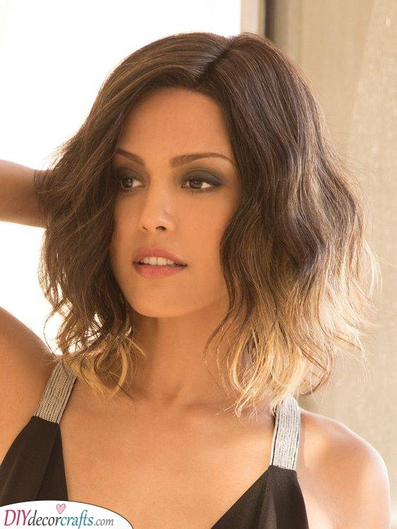 Loose Ombre Waves - Shoulder Length Hairstyles for Thin Hair