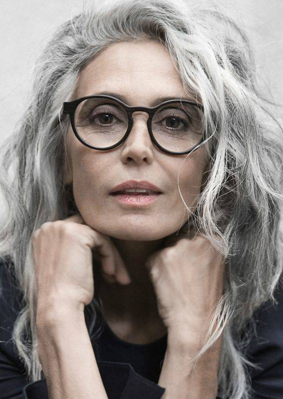 Hair for Ladies Over 50 - Who Have Glasses